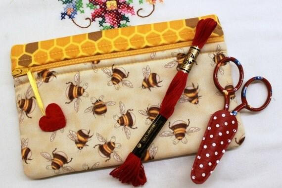 Side Kick Big Eyed Bees Bag