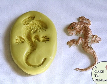 "Silicone mold for 2"" salamander lizard for cake decorating, or polymer clay mold. Utee mold, lizard mold, or resin mold. M1083"