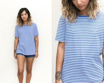 Blue Striped Shirt / 90s Shirt / Oversized Striped Top 90s Grunge Slouchy T Shirt Womens Boyfriend Tee Small Medium