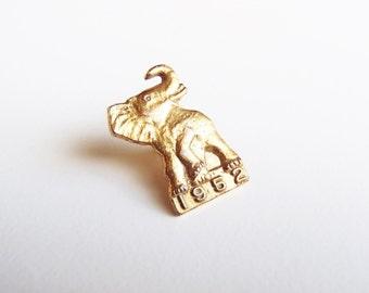 1952 Elephant Republican Lapel Pin GOP Convention / Election Gold Tone Screwback Button Eisenhower Nixon Midcentury Political Collectible