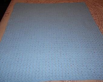 Loopy Love Crib blanket