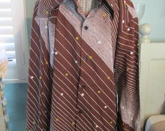 Vintage Disco Men Shirt / 60s Polyester Brown White XL Men Shirt / Cool Shirt