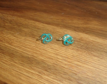 vintage clip on earrings goldtone turquoise colored enamel knot