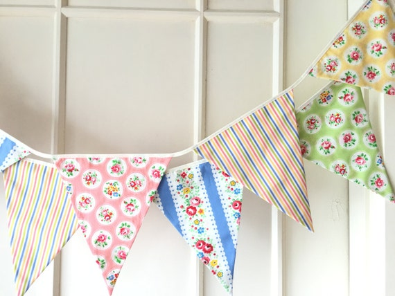 Summer Shabby Chic Fabric Banners, Bunting, Garland, Wedding Bunting, Pennants, Flags - 3 yards