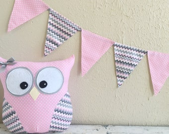 PENNANT BANNER in Pink and Gray
