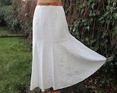 White Linen Skirt / Long / Maxi / Size EUR 42 UK14