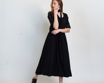 Placket trim maxi dress-Maxi black dress.
