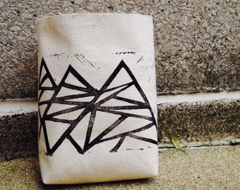 chalk bag, rock climbing chalkbag, geometric, chalkbags, linoprint, chalkbag, handcarved, blockprint, rock climbing, chalk bag..1-3 day orde