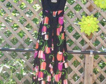 Vintage Flowered Maxi Dress 1970's Black Size 10