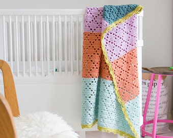 "Filet crochet baby blanket ""Barcelona"" --> 20% SALE <--"