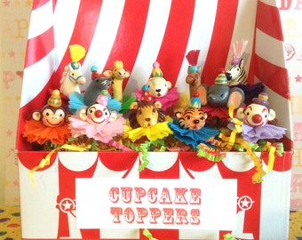 Retro like Circus/Carnival ToppersyVintage Circus Animals Cupcake Toppers