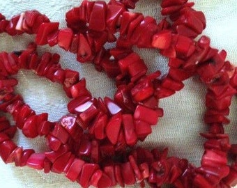 "CORAL CHIPS -  34"" , Red, Beads, True Red"