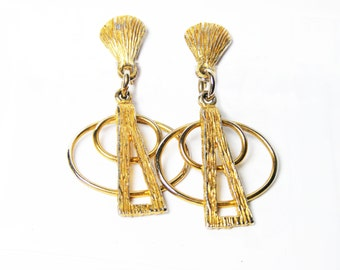 Goldtone Dangle Clip-on Earrings, Boho Art Deco Style, Vintage Clip-back Earrings in Textured Goldtone Metal, Fun Trendy Statement Earrings