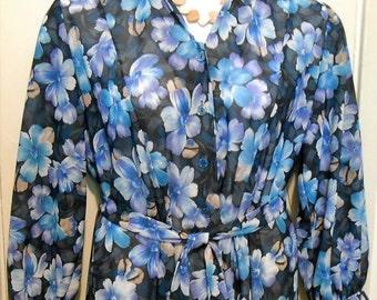 On Sale Vintage, Shirt Dress, Plus Size, Floral Print, Size 18 WP, Shirtdress, 1980s, Plus Size Dress, Blue Flowers, Pretty Dress, Shirt Dre
