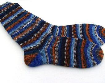 Hand knit Womens socks size UK 5 - 6 US  7 -  9 38-39 EU  (small mens)