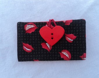 Card Keeper - Wallet - Credit Card Holder -Lips Xs and Os