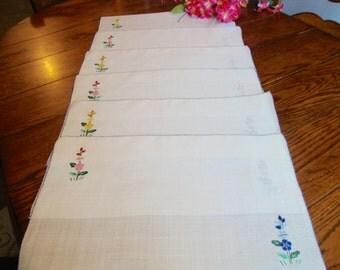 Six Linen Placemats Set of Vintage Place Mats Floral Embroidery
