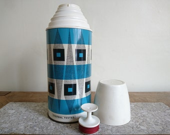Vintage Freezheat Flask - Retro Vintage Camping Picnic Flask