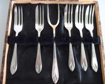 Cake Forks, EPNS, vintage, Set of 6 boxed