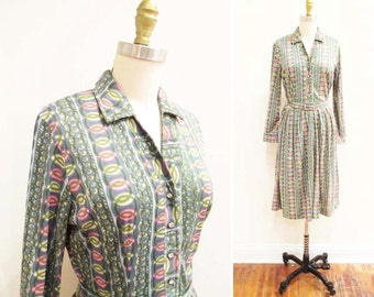 Vintage 1950s Dress | Rhinestone Buttons Abstract Print 1950s Shirtwaist Dress | size medium | 5D015