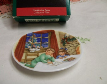 Hallmark Christmas Plate Ornament Cookies For Santa 4th in Collectors Plate Series Vintage Christmas Tree Series Ornament