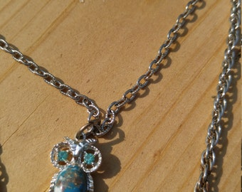 Gorgeous Silver double chain owl necklace.