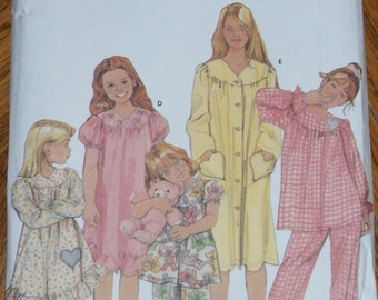 Retired Simplicity Easy to Sew Childs Pajamas Nightgown and Robe Pattern 5941 Size 7 8 10 12 14
