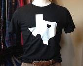Texas Heart Tee - Unisex...