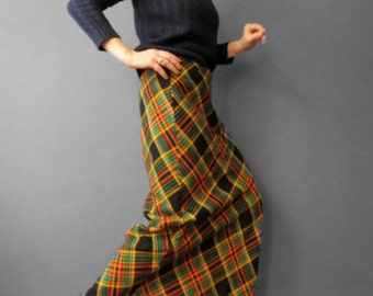 Vintage 70s Plaid  Maxi Skirt Bias A Frame Boho Tartan Hipster Skirt Vintage