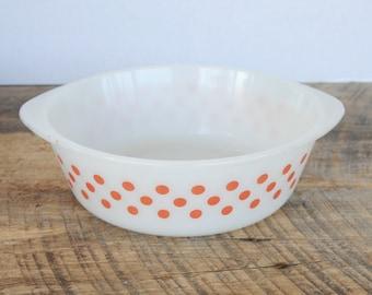 Vintage Polka Dot 2 Quart Casserole Dish Glasbake
