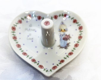 Vintage Precious Moments Ring holder 'A Mother Is Love' 1990
