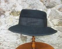 Smart Vintage French Hat 1950s Parisian Chic