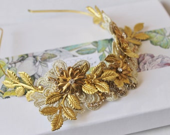 Gorgeous gold tone brass leaf & lace wedding headband crown tiara