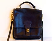 Coach cross body messenger purse handbag black leather