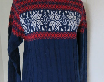 Vintage knit sweater in white, red and blue