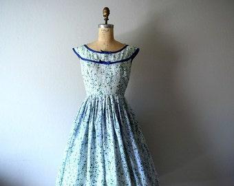 1950s floral print dress . vintage 50s dress