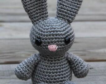 Crochet Bunny, Crochet Rabbit, Amigurumi Bunny, Amigurumi Rabbit, Gray Bunny, Gray Rabbit, Plush Bunny, Plush Rabbit, Mrs Vs Crochet