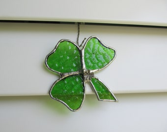 "Stained Glass ""Shamrock"" in Green Hammered Glass - With Tibetan Silver Shamrock Charm"