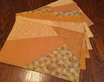 Placemats in Golds (6)