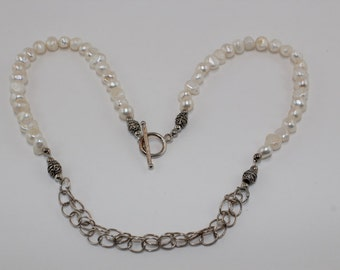 Pearl and Silver Chain Necklace Set