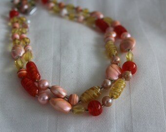 VIntage Lucite Necklace and Earrings - Orangecicle