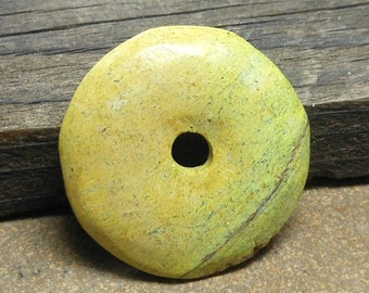34mm Stone Donut, Natural Yellow Turquoise Stone, Chartreuse Green, Black Matrix Line, Primitive Cut, Rustic Pendant
