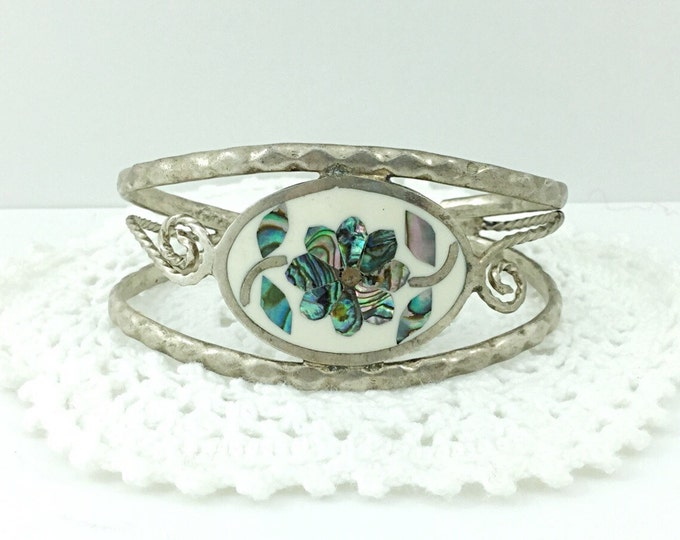 Vintage Sterling Mexican Cuff, Cuff with Turquoise Stones. Signed Hecho Mexico. Vintage 925 Sterling Cuff Bracelet with mother of pearl.