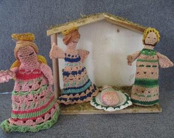 Vintage Nativity Creche Handmade Crochet Cotton Thread Mary, Baby Jesus, Joseph Angel with Wood Manger