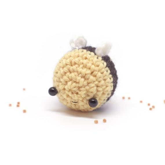 amigurumi bee plush kawaii crochet bumble bee