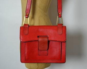 Vintage 1960s Red Leather Shoulder Bag