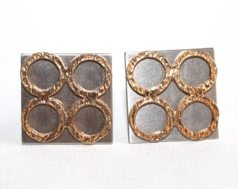 Stylish vintage square steel and goldtone square cufflinks. Vintage mod cufflinks 60s cufflinks