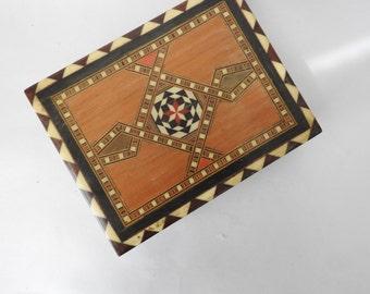 Vintage Wooden Inlay Trinket Cedar Box