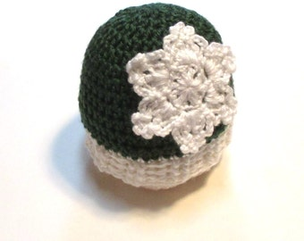 Crochet newborn Christmas snowflake winter hat.  Sage green and white newborn hat ready to ship christmas gift for babys first christmas.