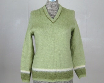 Vintage 1960s Jantzen Sweater 60s Avocado Green Mohair Pullover V-Neck Tunic Sweater 36/M